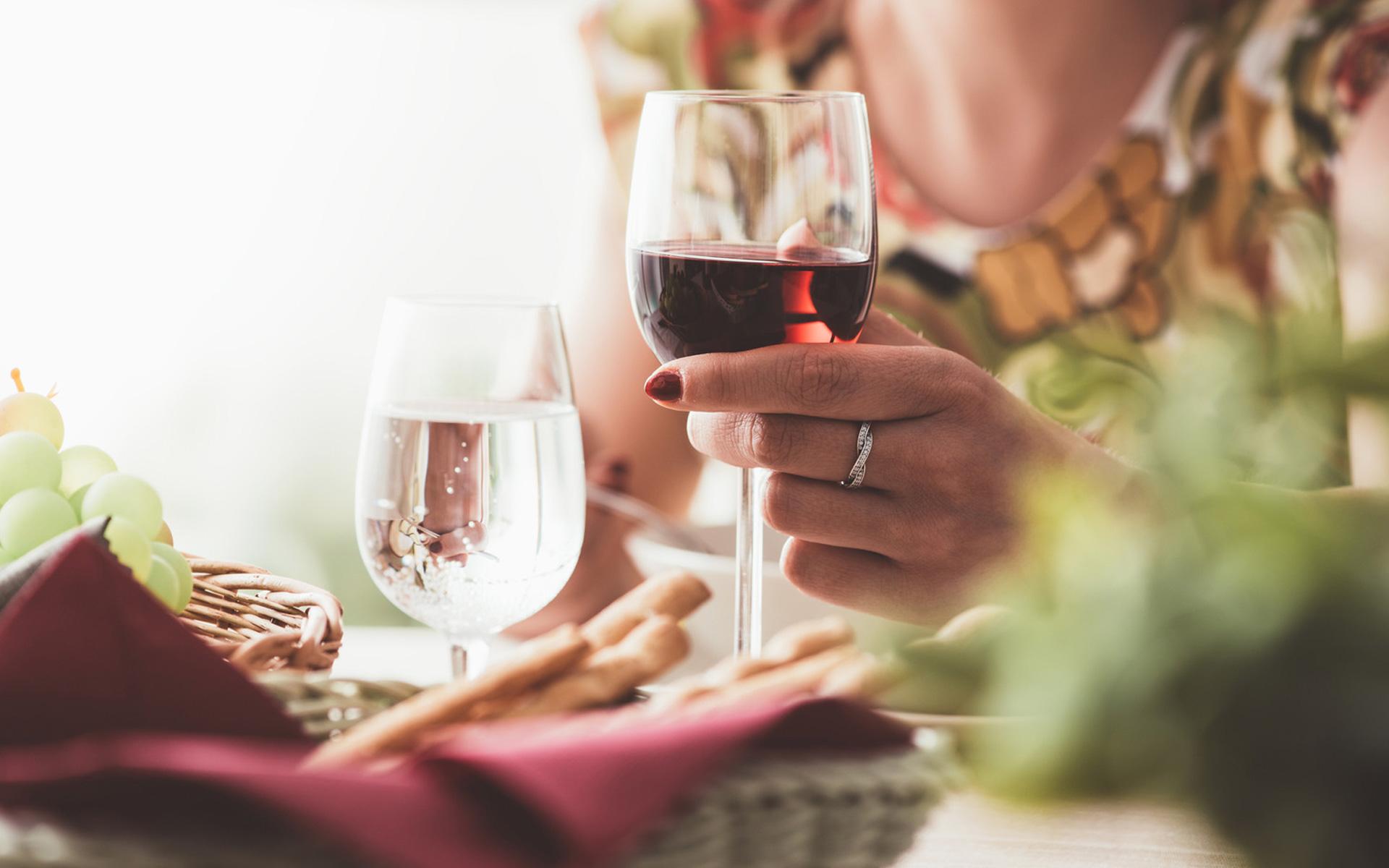 Wijnen Moniez - wijnen - proost